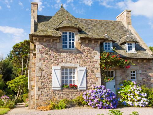 Maison dinard stunning maison pices en vente sur dinard for Achat maison dinard